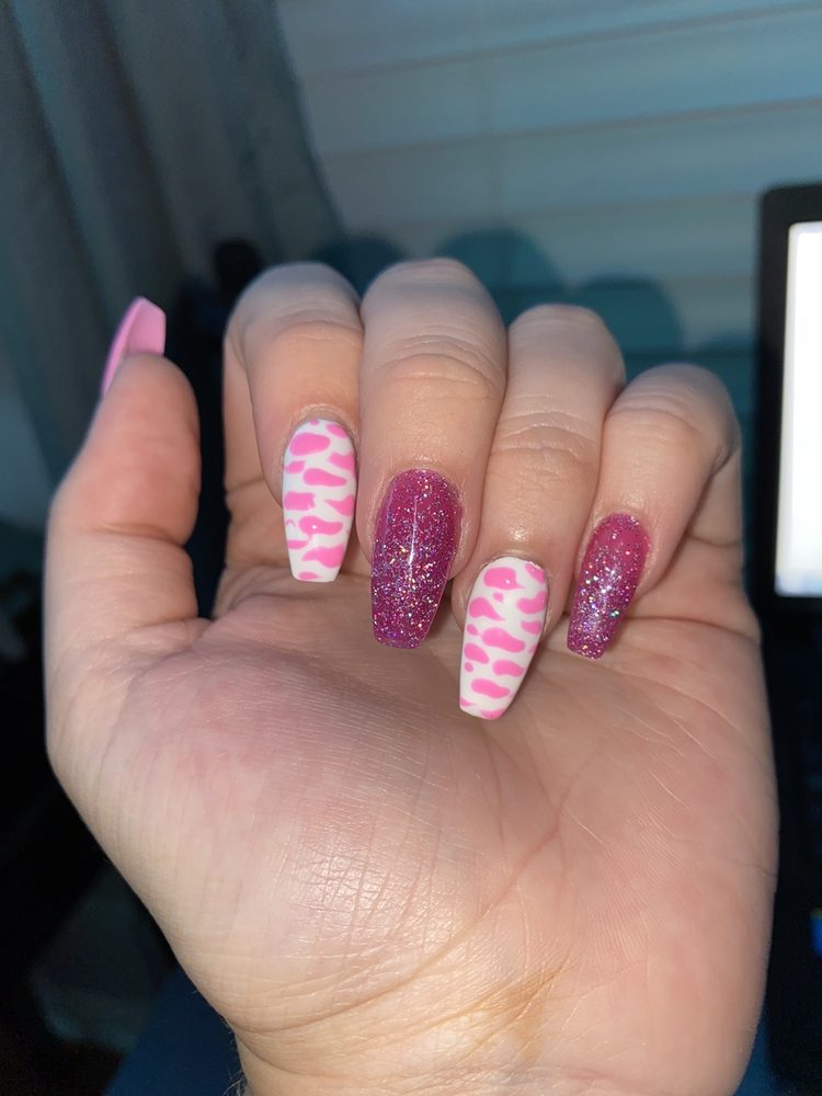 Five Gold Nail Salons: 1021 Bloomingdale Ave, Valrico, FL