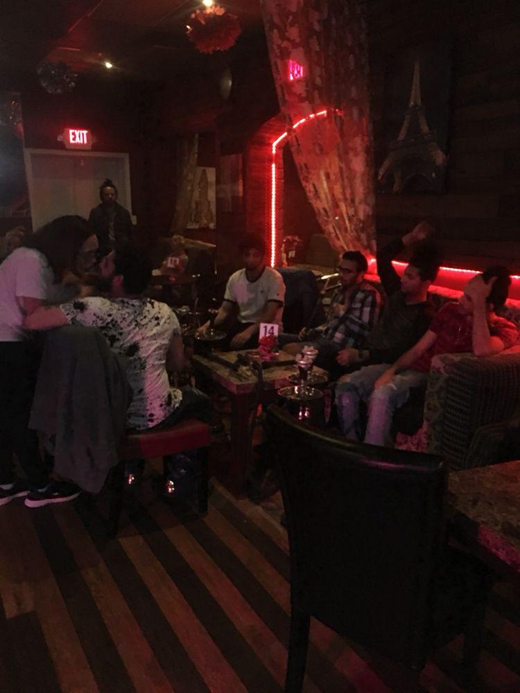 Casablañca Hookah Lounge: 4620 Carlisle Pike, Mechanicsburg, PA