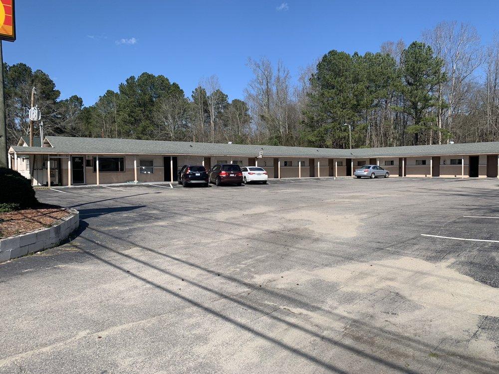 sunset motel: 314 W US 74 Hwy, Rockingham, NC
