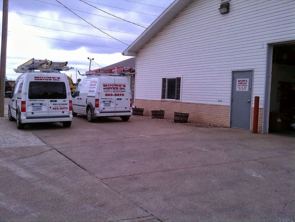 Moore's Service, Inc: 1310 9th Ave, Council Bluffs, IA