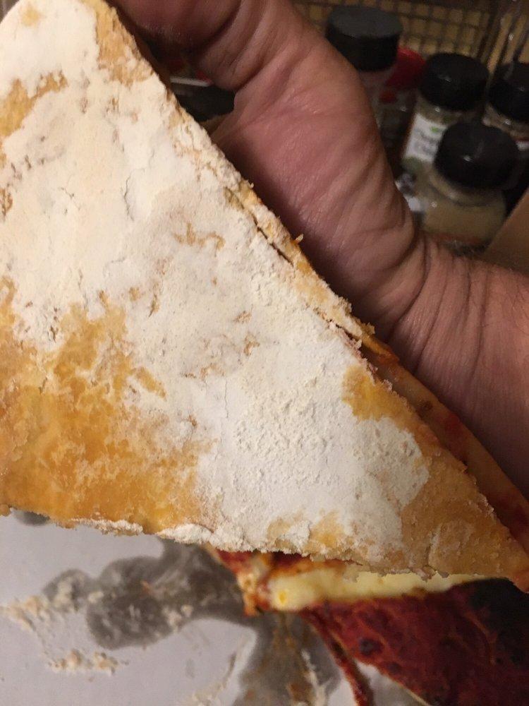 Rick's Una Pizza: 338 S Green St, Henderson, KY