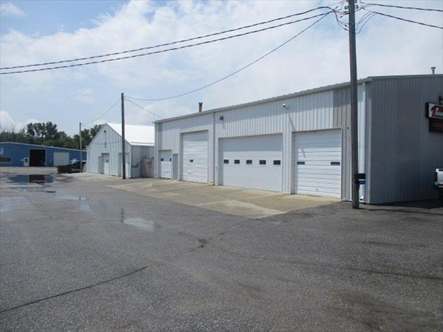 Troy Waller Autobody: 508 S 32nd St, Ft Dodge, IA