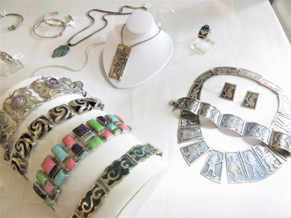 Magpie Vintage & Estate Jewelry: 4529 Magazine St, New Orleans, LA