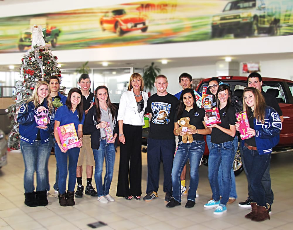 Toyota Of Alvin >> Kim Eddy General Manager Teaming Up With Living Stones Christian