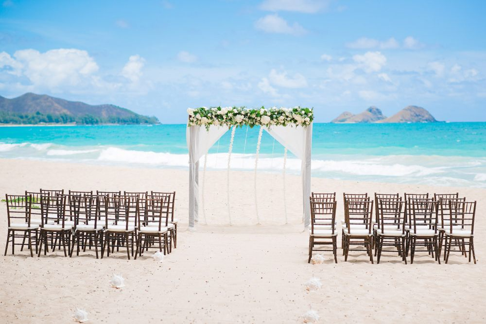 Photo Of Weddings Hawaii Honolulu Hi United States Beach Wedding Setup