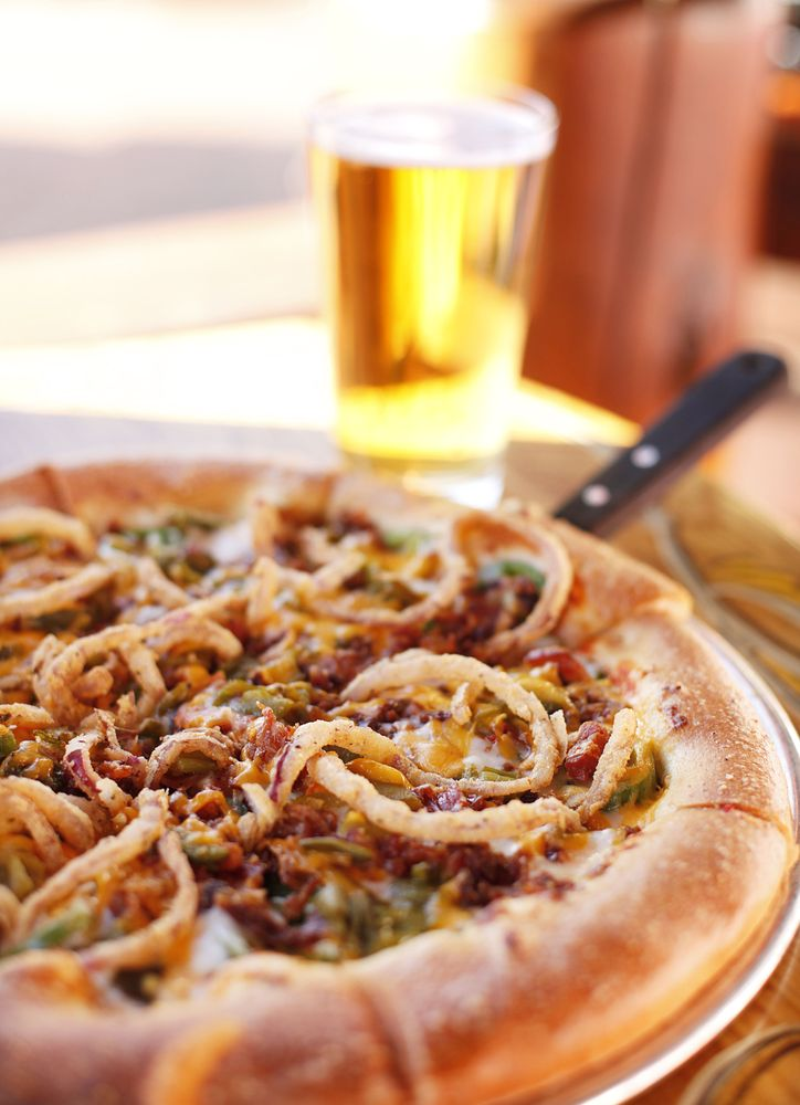 Woody's Woodfired Pizza & Watering Hole: 1305 Washington Ave, Golden, CO