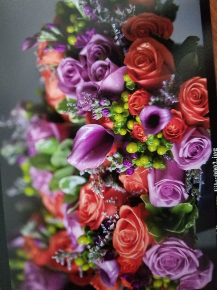 Flowers by Lynn: 167 Cedar Ln, Teaneck, NJ