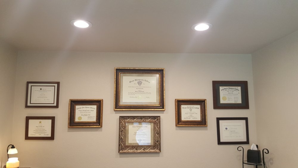 Hutto's Affordable Chiropractor: 201 Taylor St, Hutto, TX