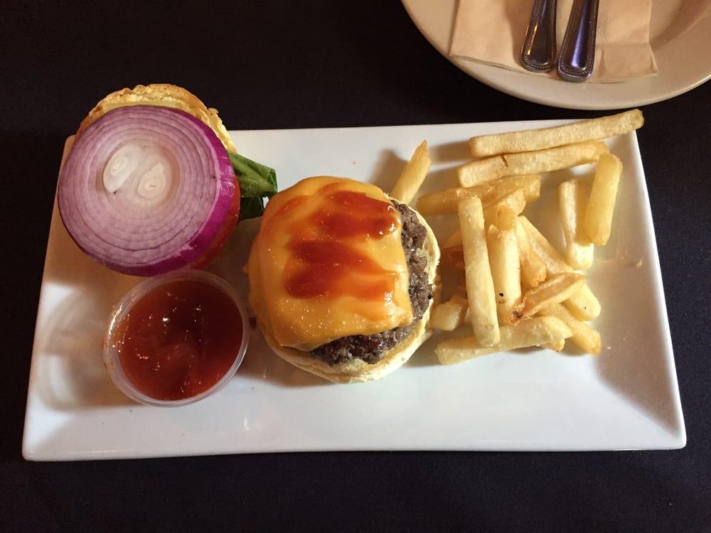 Pagano's Uva Restaurant: 800 Main St, Bradley Beach, NJ