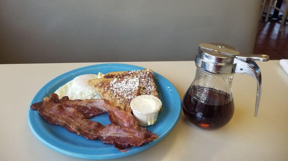 Papa Morgan's Family Restaurant: 502 S Main St, Canyonville, OR