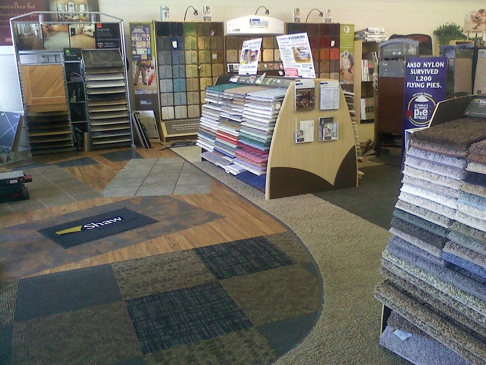 Garrys Ultimate Flooring: 2020 N State St, Belvidere, IL