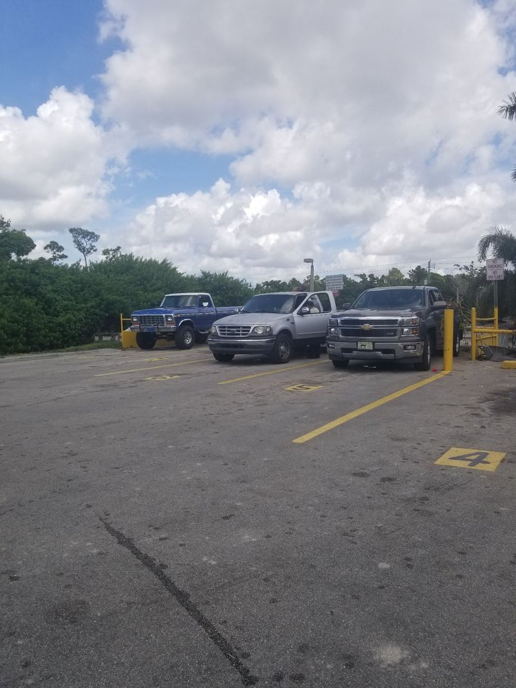 Moody Drive Trash and Recycling Center: 12940 SW 268th St, Homestead, FL