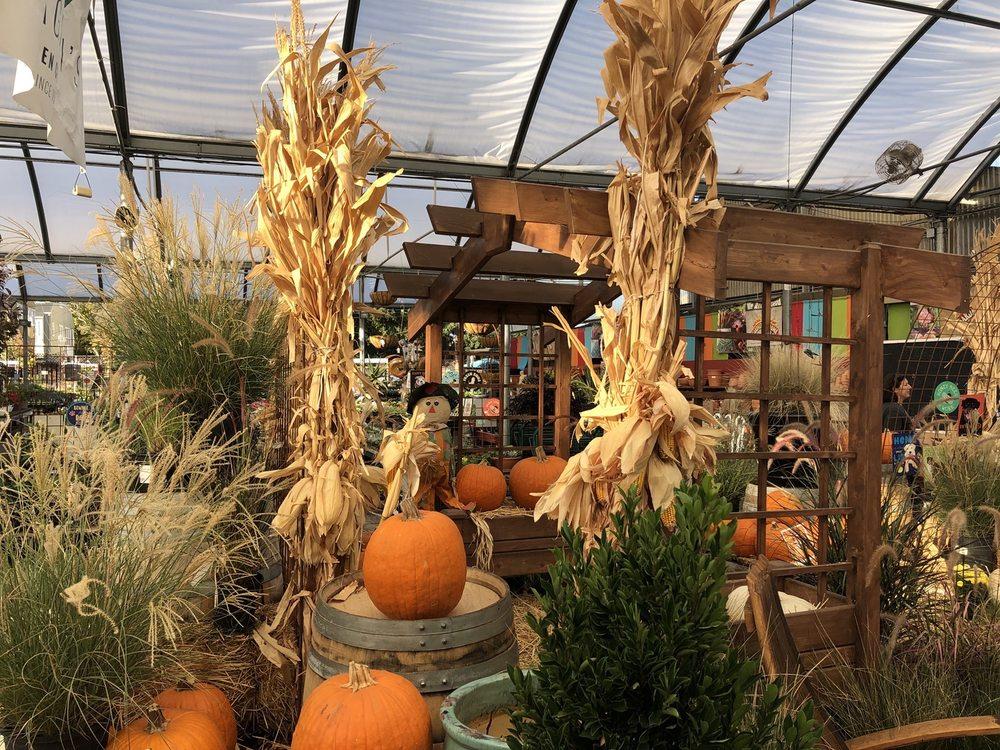 Yamagami's Nursery: 1361 S De Anza Blvd, Cupertino, CA