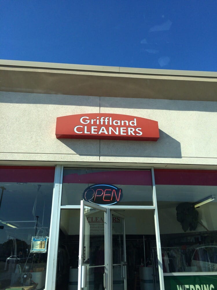 Griffland Village Cleaners and Laundromat: 3911 45th St, Highland, IN