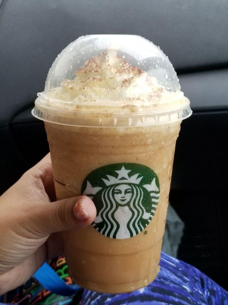 Starbucks: Grand Boulevard Los Prados S/N, Caguas, PR