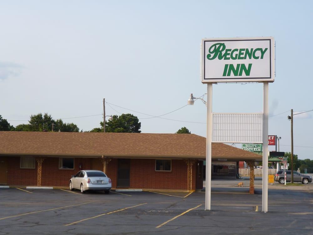 Regency Inn: 3415 Highway 367 N, Bald Knob, AR