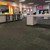 At T Store 15 Photos Mobile Phones 25309 Cedar Rd Lyndhurst