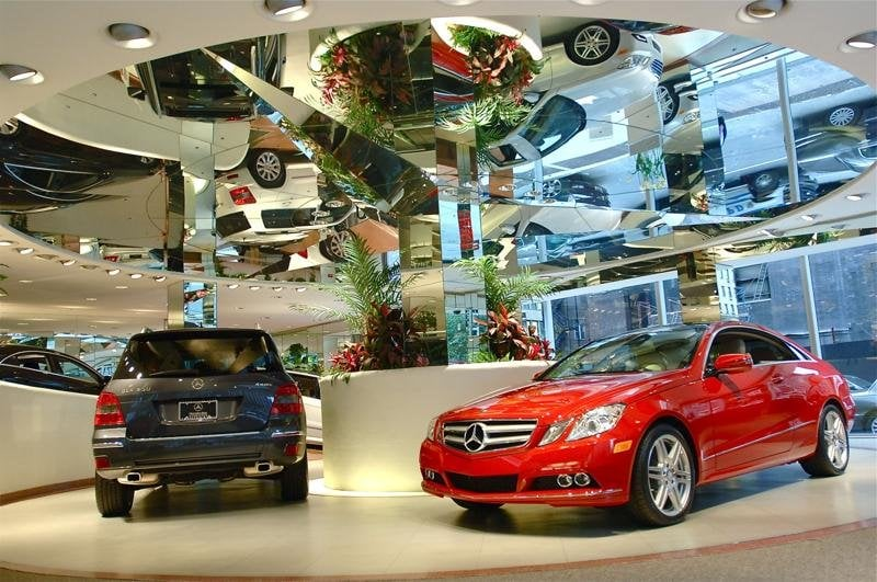 Our frank lloyd wright designed showroom yelp for Mercedes benz of manhattan new york city