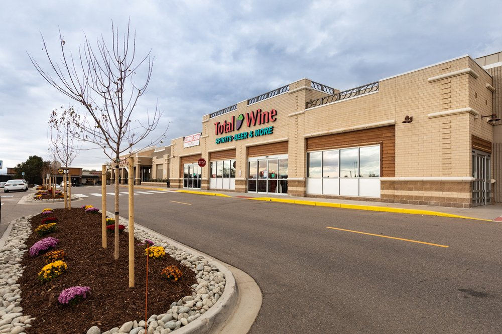 Total Wine & More: 9505 E County Line Rd, Englewood, CO