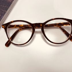 2cb8388c06 Top 10 Best Glasses Frames in Vancouver