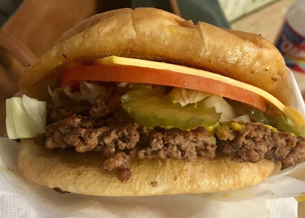 Herd's Hamburgers: 400 N Main St, Jacksboro, TX