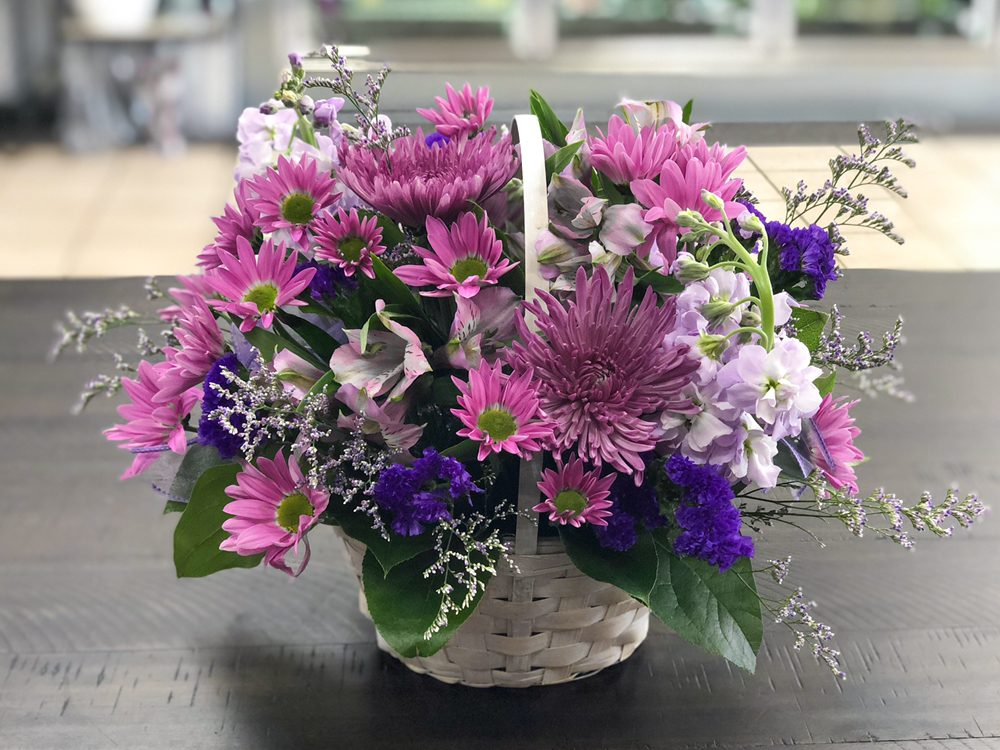 Capitol Hill Florist and Gifts: 11904 S May Ave, Oklahoma City, OK