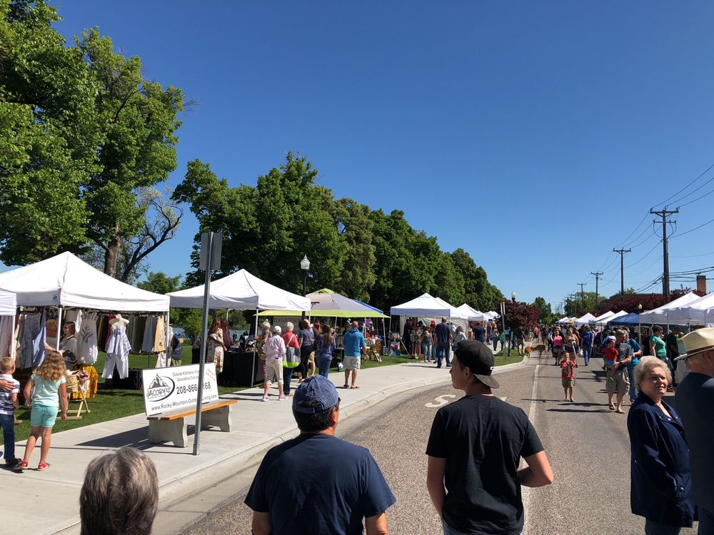 Idaho Falls Farmers Market: 501 Broadway, Idaho Falls, ID