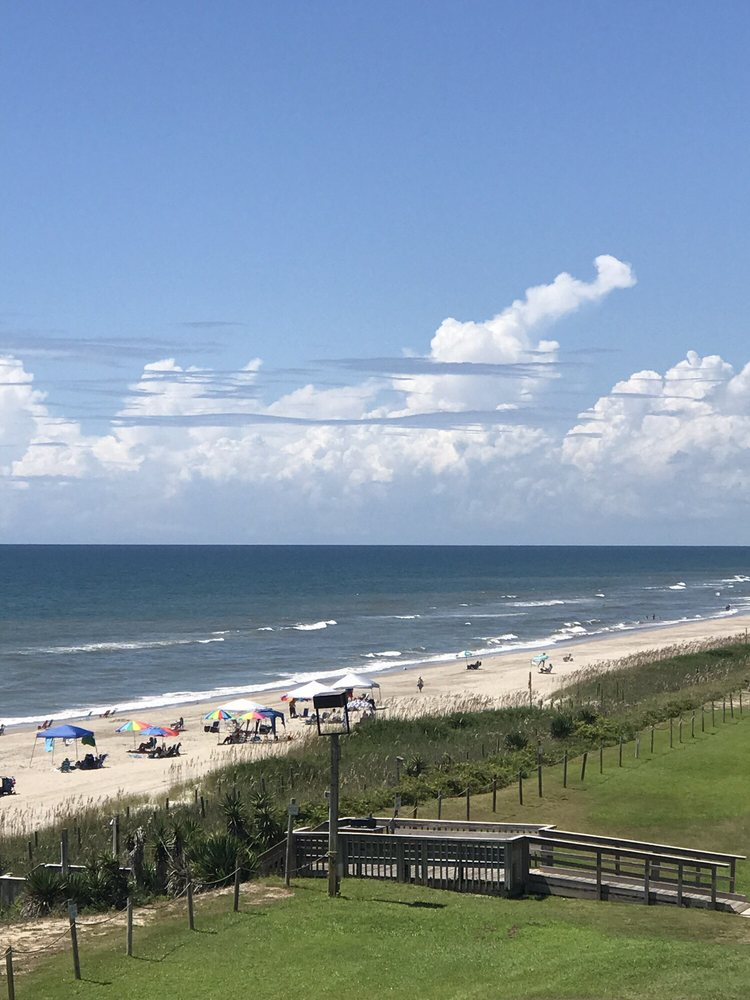 Summer Winds Condominiums: 1505 Salter Path Rd, Salter Path, NC