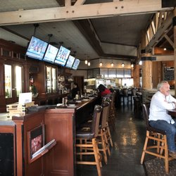 Claim Jumper Restaurants Closed 288 Photos 292 Reviews