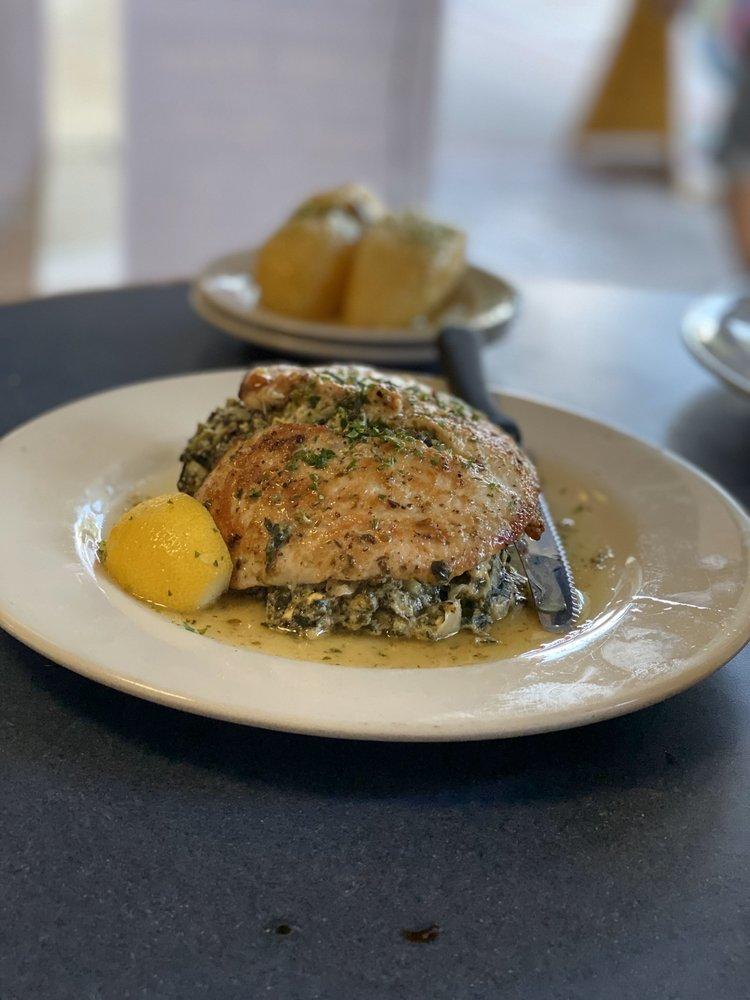 Santorini Greek Cuisine: 136 N Woodland Blvd, Deland, FL