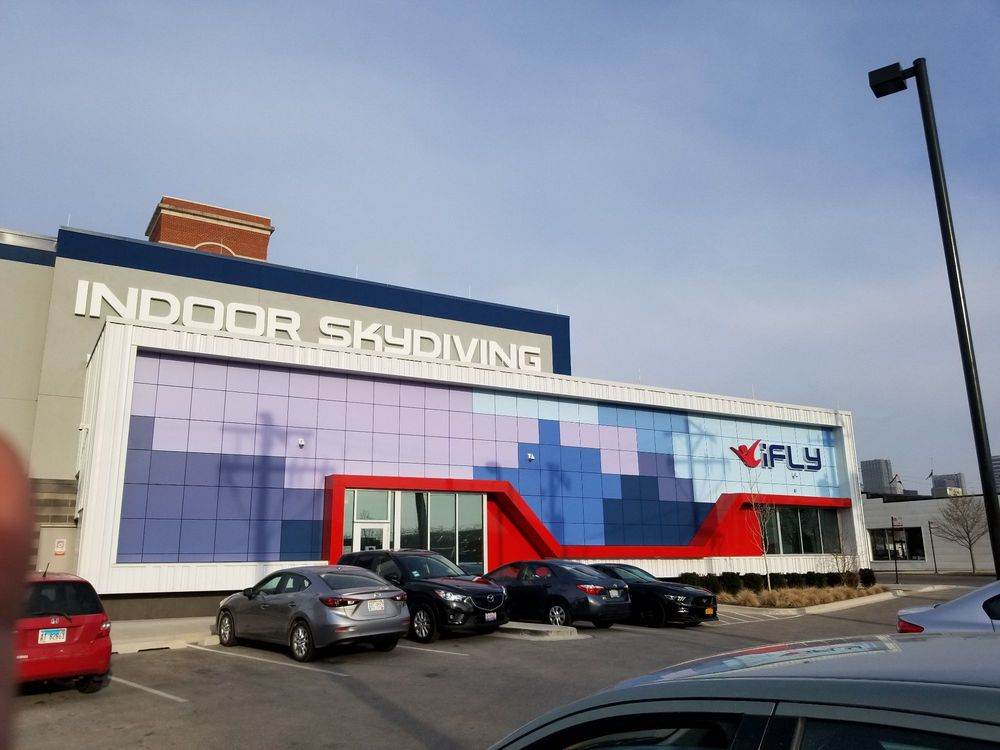 Ifly Indoor Skydiving - Lincoln Park