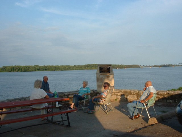 Cozy C Rv Campground: 16733 Highway 54, Bowling Green, MO