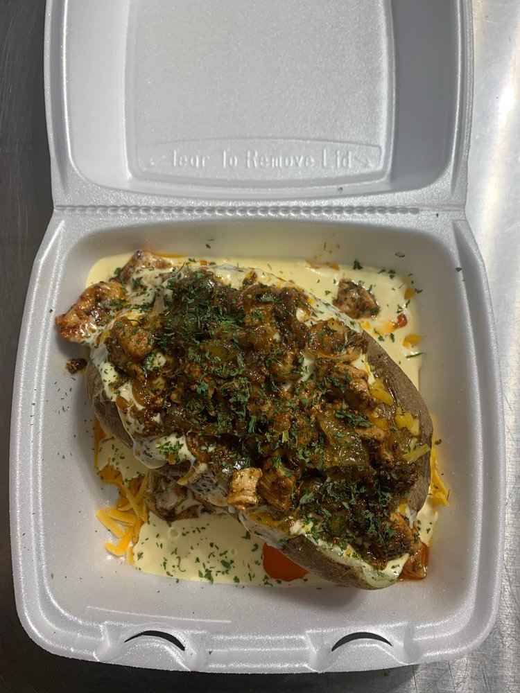 Royalty Lounge and Bistro: 711 Farmer St, Port Gibson, MS