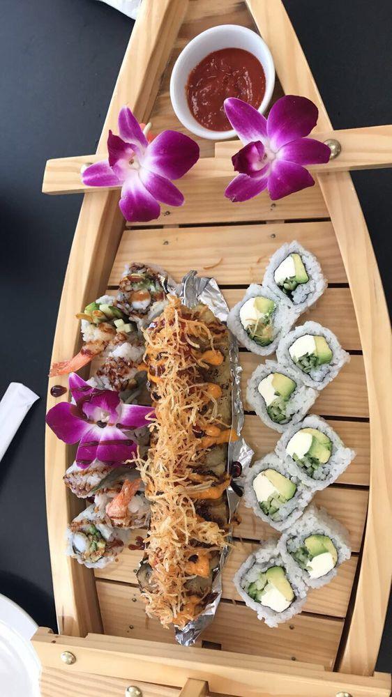 Kome Sushi Bar: 1217 Fort St, Wyandotte, MI