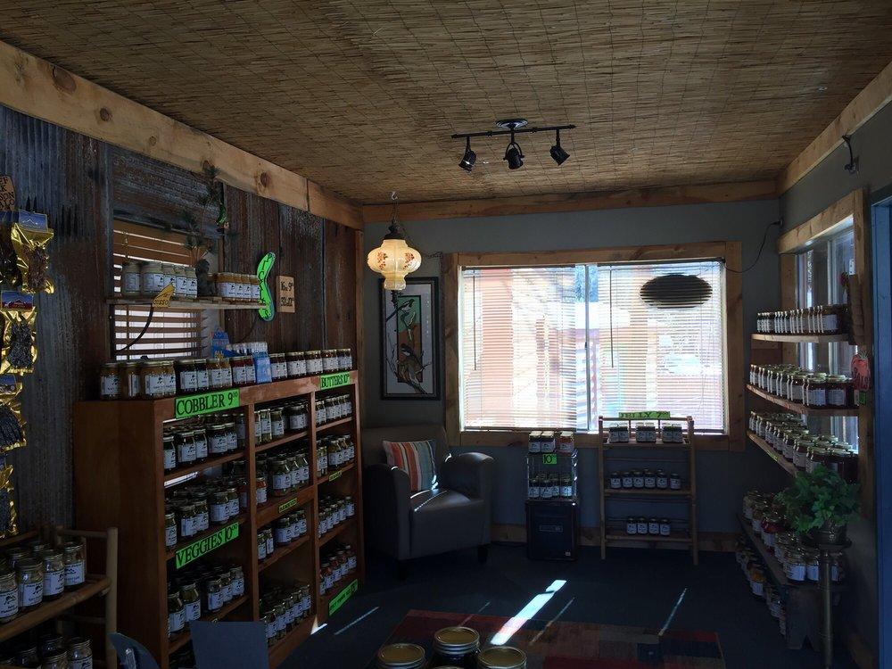Pikes Peak Pickle Shack: 4675 Fountain Ave, Cascade, CO