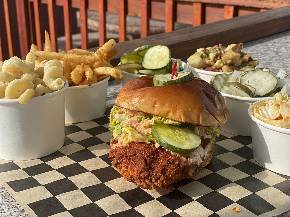 Flew The Coop Nashville Hot Chicken: 1620 AZ-260, Camp Verde, AZ