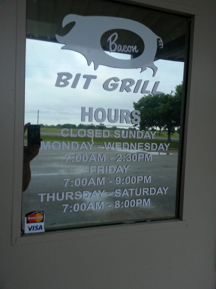 Bacon Bit Grill: 3819 Texas 34 S, Greenville, TX