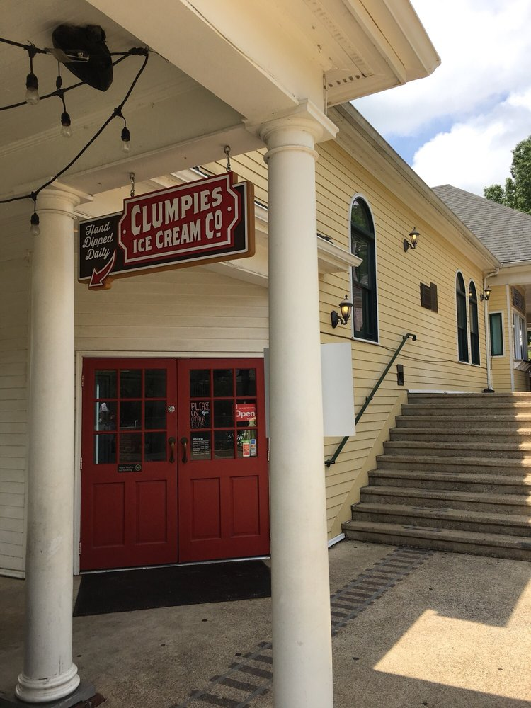 Clumpies Ice Cream: 3917 Saint Elmo Ave, Chattanooga, TN