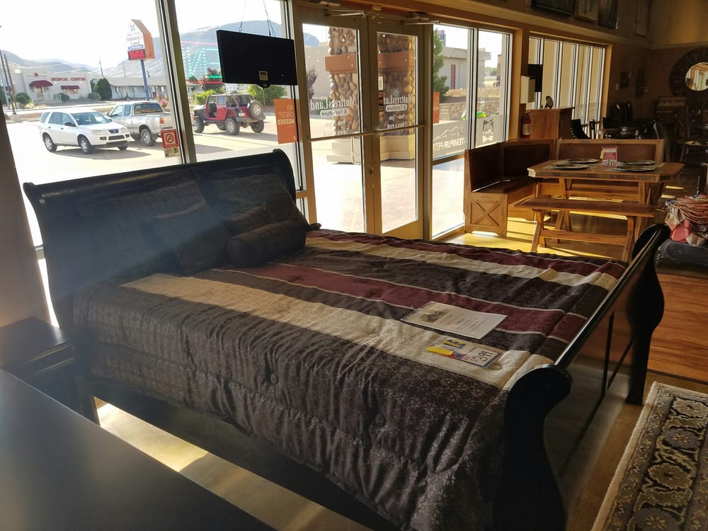 MattressLand & Furniture - Kingman: 4290 Stockton Hill Rd, Kingman, AZ