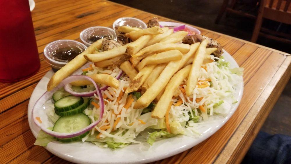 C.J. Maggie's American Grill: 309 Davis Ave, Elkins, WV