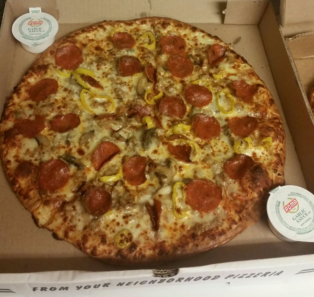 Hill Top Pizza: 2034 Hwy 11 N, Beattyville, KY