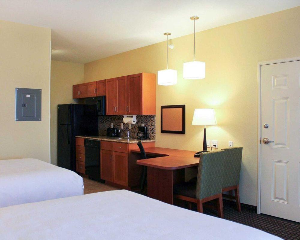 MainStay Suites | Tioga: 6727 North Dakota Hwy 40, Tioga, ND