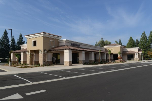 Tina Nguyen DDS - Northside Dental Practice: 1440 East Champlain Dr, Fresno, CA