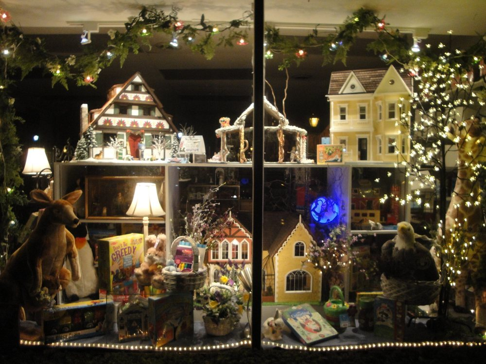 Lynlott Miniatures Dollhouse Junction: 223 Commercial Ave, Pittsburgh, PA