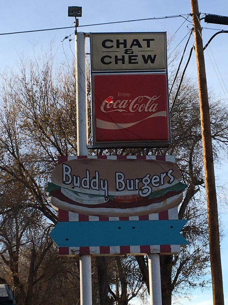 Chat'n Chew: US HIghway 64, Shiprock, NM