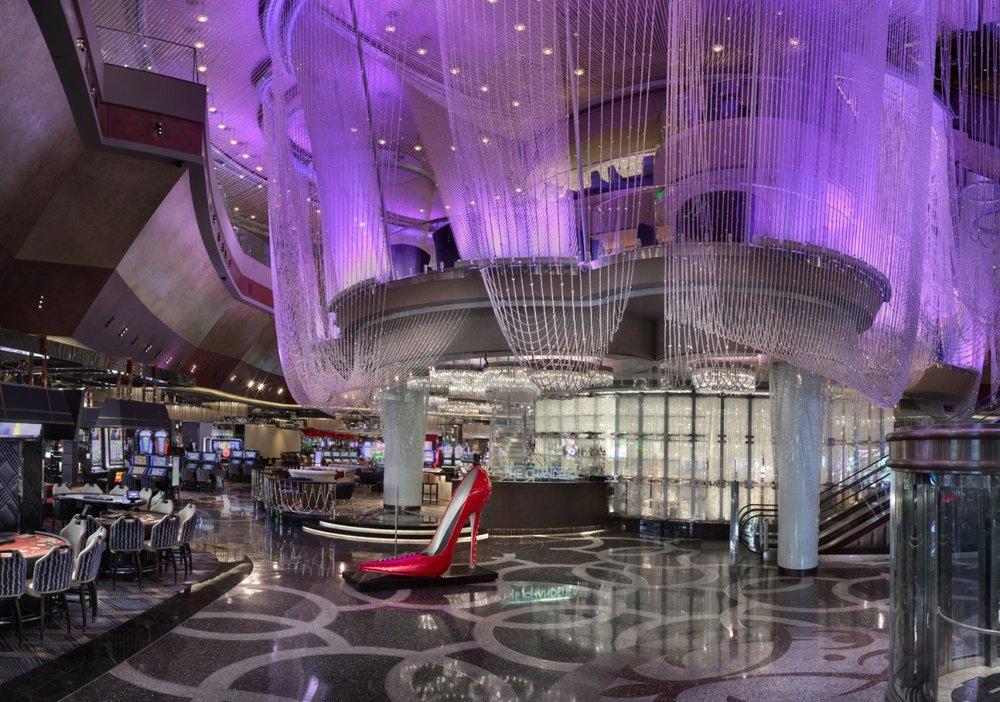The Chandelier: 3708 Las Vegas Blvd S, Las Vegas, NV
