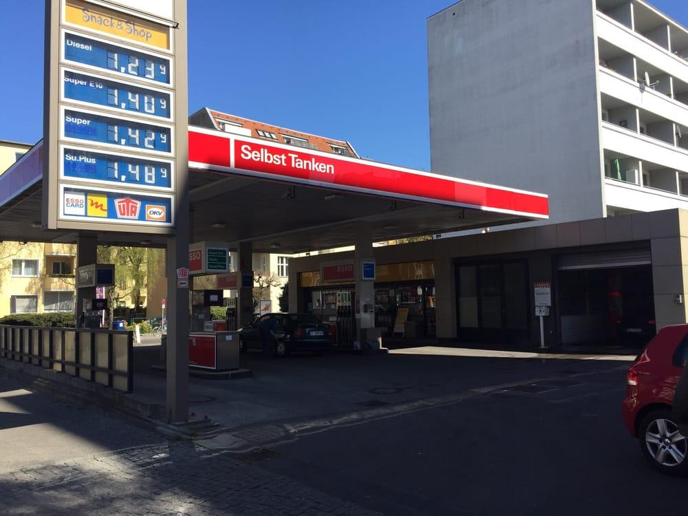 Find esso gas station near me