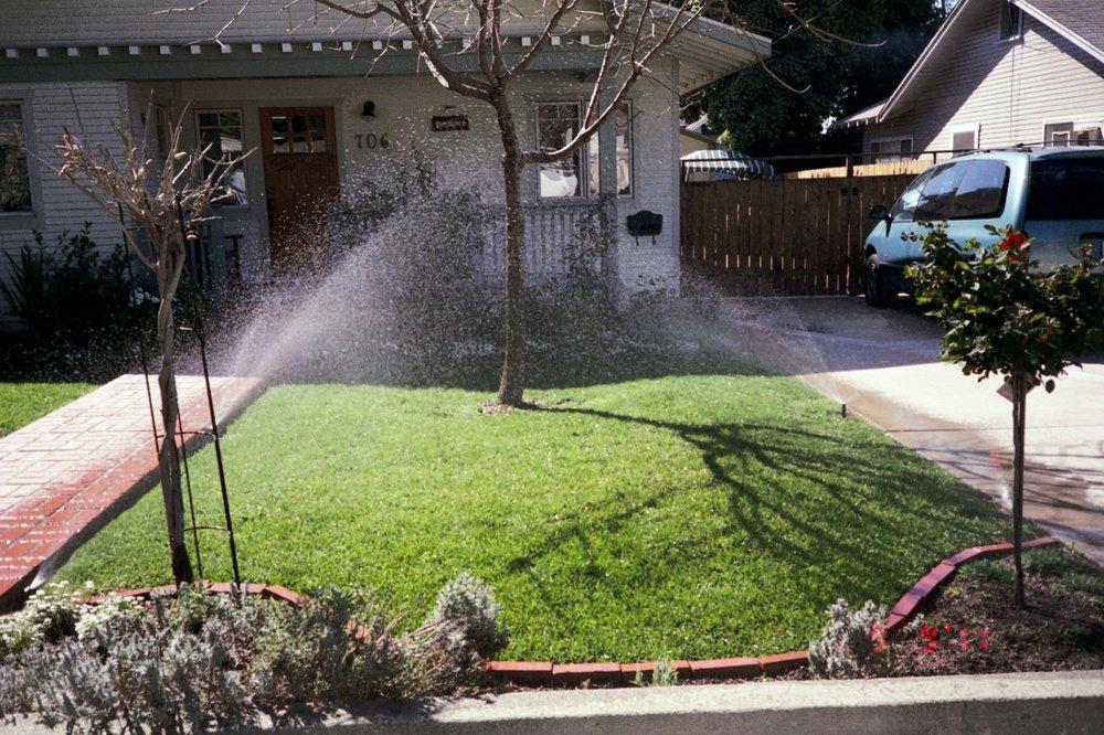 John's Sprinkler Systems: Covina, CA