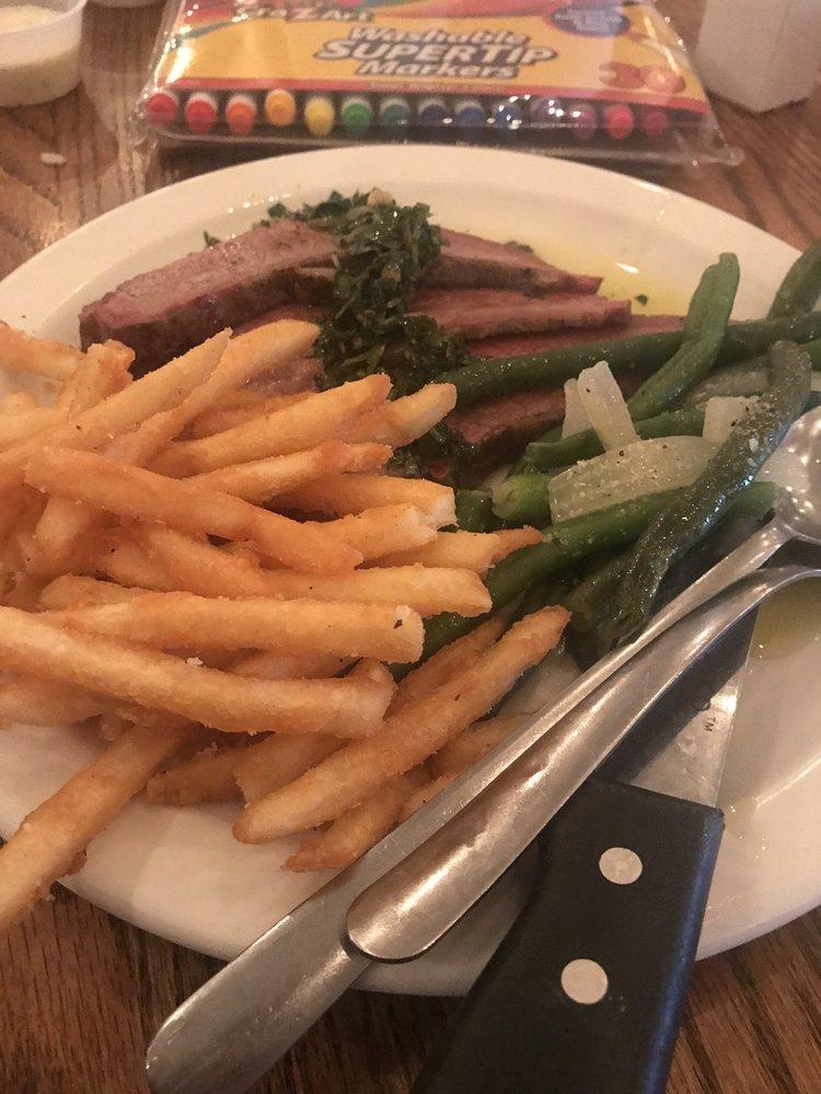 Louie's Bistro & Grill: 21646 Marlin Pl, Moravia, IA