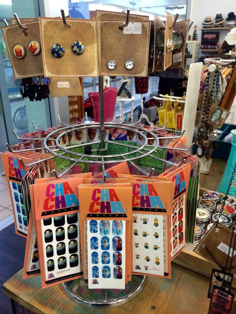 Vintage Galeria: 840 Plaza Dr, West Covina, CA